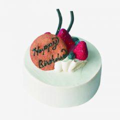苺サンドのバースデーケーキ
